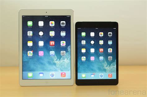 Apple Ipad Air Vs Ipad Mini With Retina Display Photo Gallery