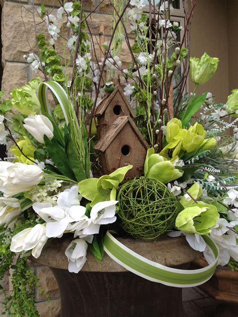 Grand Entrance Design Seasonal Urns Spring Container