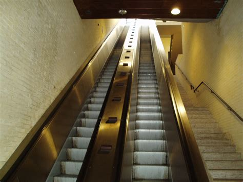 due nuove scale mobili  perugia iltamtamit il