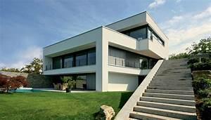 Haus Am Hang Bauen Stützmauer : architektenhaus am hang in wiesbaden bauen ~ Lizthompson.info Haus und Dekorationen