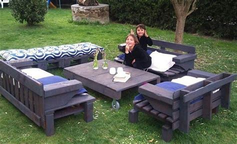 Patio Furniture Made From Pallets by 8 Rev Pallet Ideas For Outdoors Pallet Furniture Plans