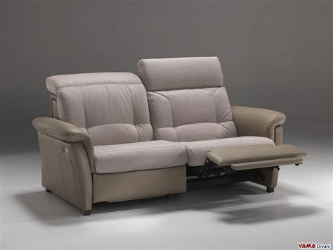 Divani Recliner Relax : Reclining Leather Sofa With Independent Electric Mechanism