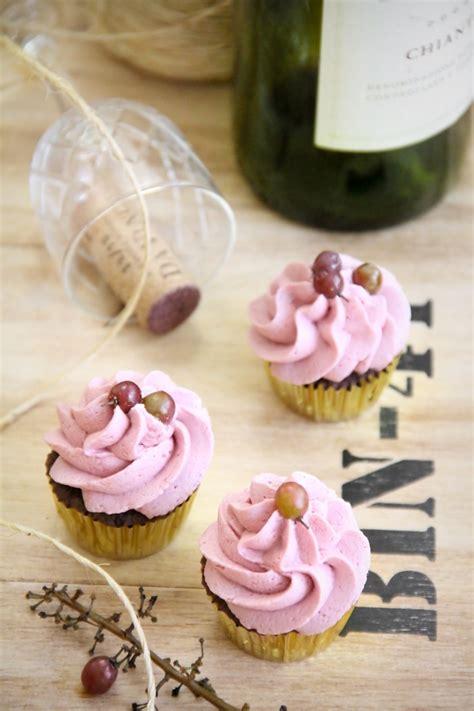 Chianti Chocolate Cupcakes - Sprinkle Bakes