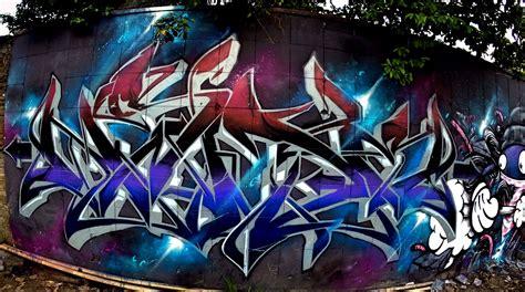 ++ Gambar Graffiti Di Kertas