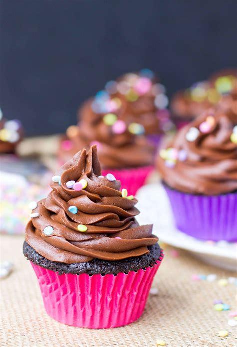 easy chocolate cupcakes sugar spun run