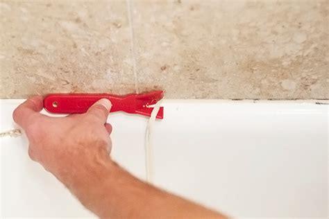 Removing Tub Caulk by Caulk Remover How To Remove Caulk Diy Bathroom