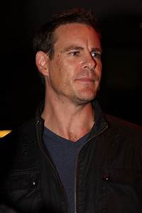 Aaron Jeffery Wikipedia