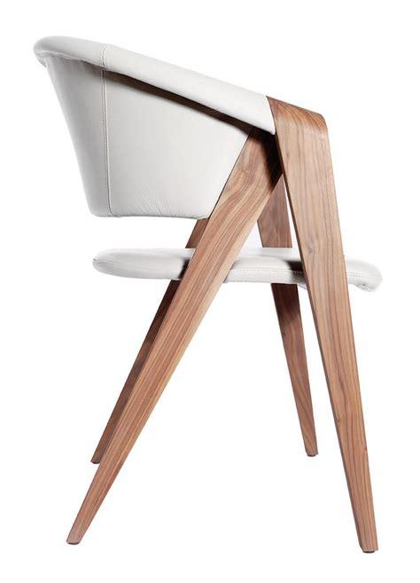 fauteuil de bureau cuir blanc fauteuil design de martin ballendat en noyer