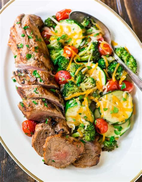 Pork tenderloin, fresh apples, and sweet onions are cooked together in a skillet for an easy and flavorful main dish that's great for busy weeknights. Mustard Pork Tenderloin with Vegetables {No Mess!} - WellPlated.com