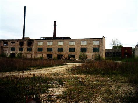 Bijusī Līvānu stikla fabrika - Spoki - bildes 2