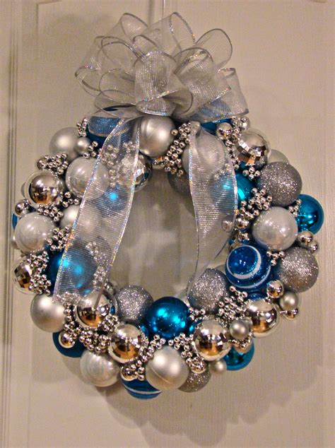 christmas ball wreath tutorial 171 cyndicated