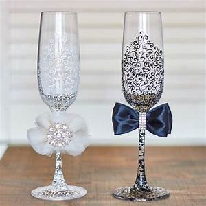Sektgläser Schwarz Weiß : hochzeit brille fl ten schwarz wei hochzeit toasten herr weddings ~ Watch28wear.com Haus und Dekorationen