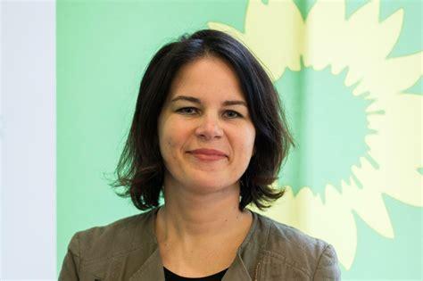 """Auch bei baerbocks mitgliedschaften im lebenslauf waren nun grobe fehler. Grünen-Chefin Annalena Baerbock: """"Es braucht ein Kohleausstiegsgesetz"""" - Politik - Tagesspiegel"""