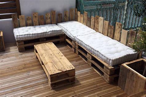 plan canapé bois table basse étagère salon de jardin ou canapé les