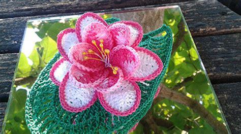 fiori fatti a uncinetto ninfea