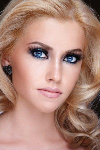 deep blue eyes blond beauty deep blue eyes  positive