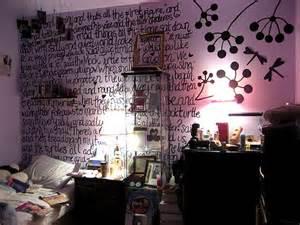 Alice In Wonderland Bedroom Decor by Alice In Wonderland Bedroom Decor Fear And Loathing