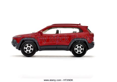 jeep cherokee trailhawk red jeep cherokee stock photos jeep cherokee stock images