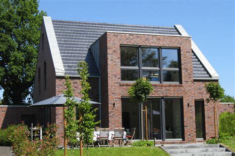 Moderne Häuser Mit Klinker haus modern satteldach klinker wohn design