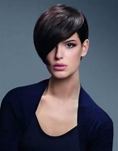 Coupe Longue Femme : coupe courte avec meche longue coiffure coupe courte avec ~ Dallasstarsshop.com Idées de Décoration