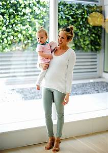 6 5 Months Pregnant - Spring Maternity Style - Fashionable
