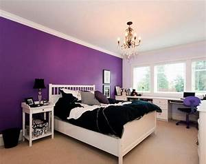 purple and white bedroom - TjiHome