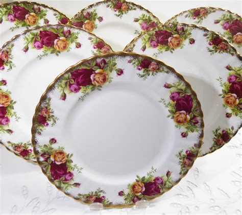 royal albert  country roses set   lunch plates vintage english dinnerware