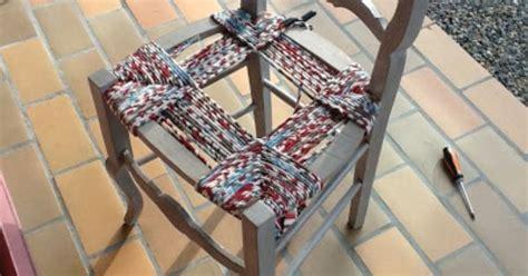 rempaillage de chaise rempaillage de chaise avec du tissu astuces et
