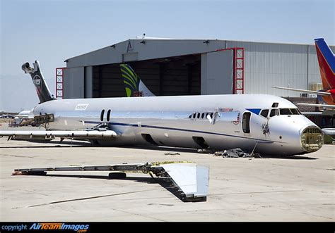 McDonnell Douglas MD-83 (N565MS) Aircraft Pictures ...