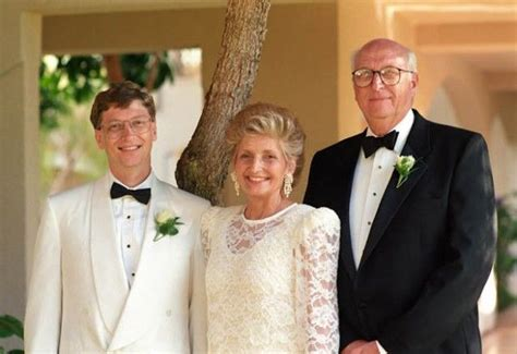 Bill Gates Height, Weight, Age, Affairs, Wife, Biography ...