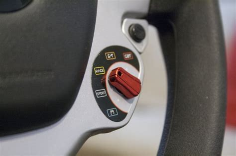volante xbox 360 con cambio e frizione thrustmaster vibration gt cockpit 458 italia