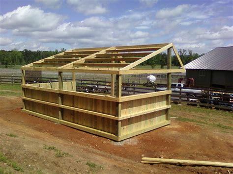 loafing sheds for horses mkm srj llc loafing shed construction