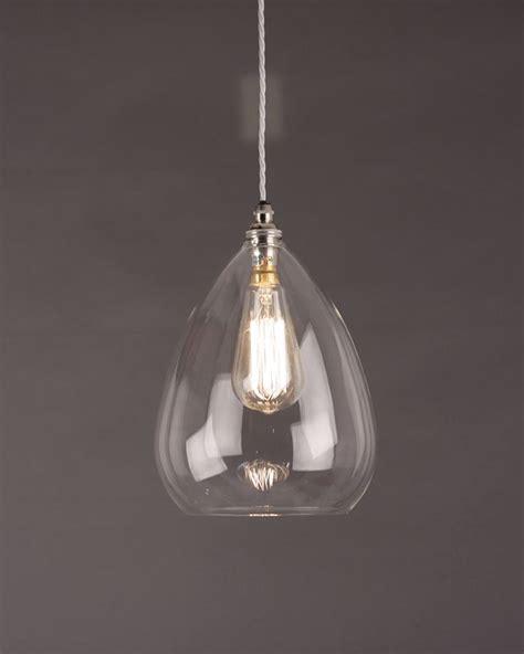 Glass Pendant Lighting by Best 25 Glass Pendant Light Ideas On Pendant