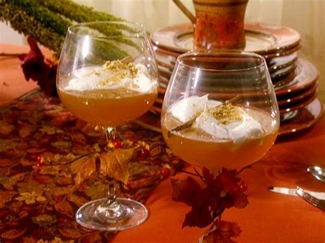 Hot Apple Cider Toddy Recipe | Sandra Lee | Food Network