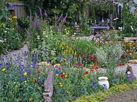 Cottage Garden  Sedl Cansko