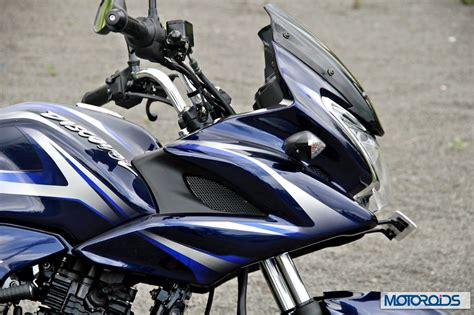 2014 Bajaj Discover 150F and 150S Review: Evolved ...