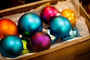 15 amazing and colorful ball christmas ornaments home design and interior