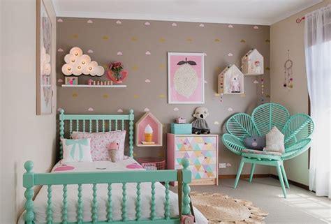 chambre bébé colorée deco chambre vert menthe visuel deco pastel chambre colorée fille et