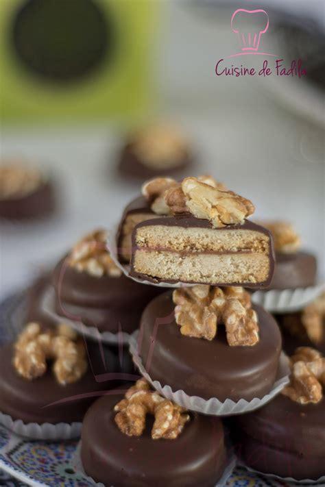 cuisine marocaine patisserie sablés aux noix et au chocolat