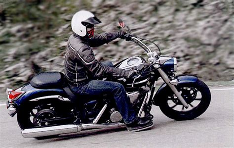 model jaket kulit biker  moge terkerennya jaket