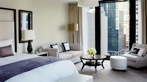 Chicago Luxury Hotel Rooms Accommodations The Langham