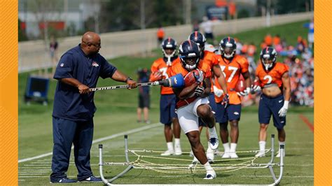 Broncos running backs coach tests positive for COVID-19 ...