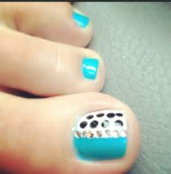 Toe Nail Art with Polka Dots