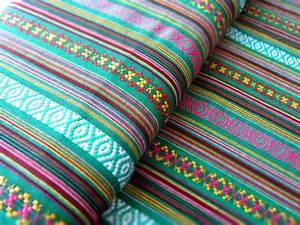 Stoffe Geometrische Muster : mexikanischer ethno stoff gr n ikat muster minis ~ A.2002-acura-tl-radio.info Haus und Dekorationen