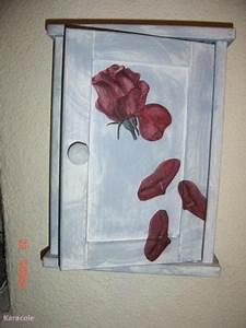 Boite A Clefs Original : bo te cl s bo te clefs serviettage peinture home d co modelage bois cadres fleurs ~ Teatrodelosmanantiales.com Idées de Décoration