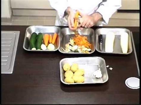 Cours De Cuisine  Éplucher Divers Légumes Youtube