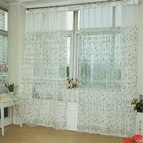 gardinen mit blumen gardinen f 252 r wohnzimmer eine durchsichtige dekoration