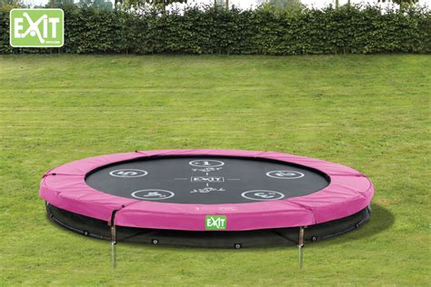 Trampolin Im Garten Fördert Kinderbewegung Und