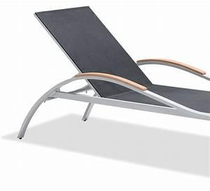 Bain De Soleil Gris : lot de 2 chaises longues bains de soleil gris 1 table ~ Dode.kayakingforconservation.com Idées de Décoration