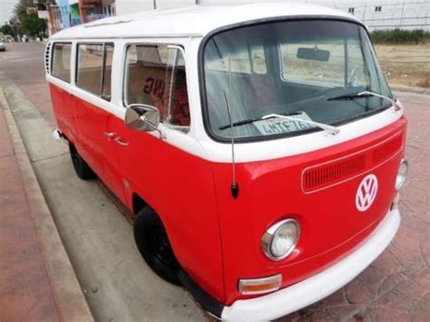 find   vw bus transport  sunroof special